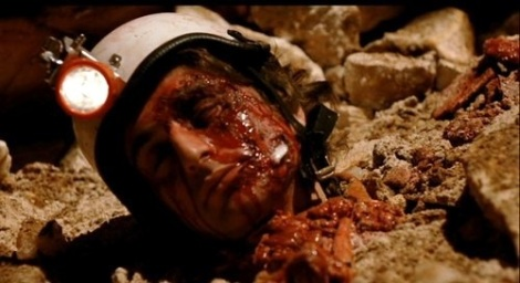 Alien-2-Sulla-Terra-il-fanta-horror-di-Ciro-Ippolito-3