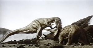 La lucha de dinosaurios extraída de otro filme.