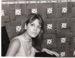 Patricia Lorán en Barcelona, 1965 (fotografía cedida por Francisco Reig)