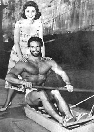Sylva Koscina y Steve Reeves en una imagen promocional.