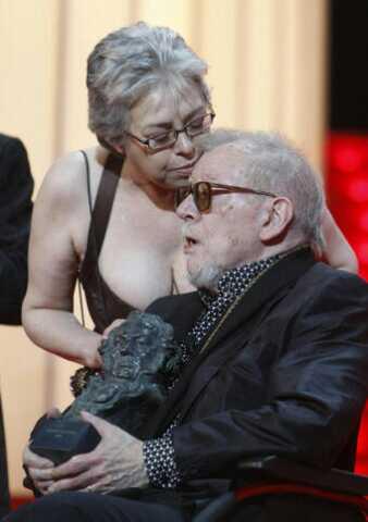 Con Lina Romay el día en el que la Academía de Cine español le entregó el Goya Honorífico como reconocimiento a su prolífica carrera.