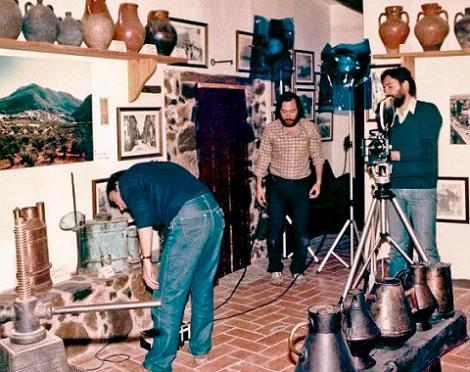 Josep junto a Ignasi P. Ferré preparando una de sus filmaciones para TV3.