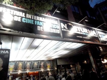 09 - Cines Palafox exterior noche