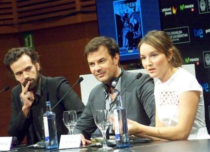 """Rueda de prensa de """"Une Nouvelle Amie"""" con François Ozon y sus dos actores protagonistas."""