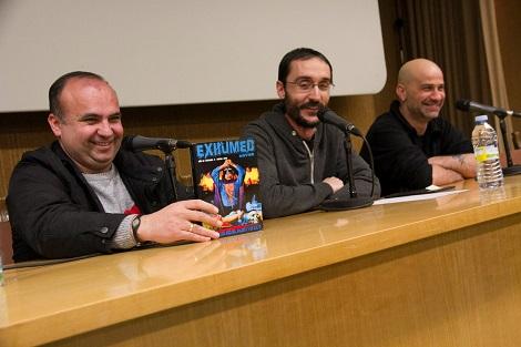 """Jose A. Diego, _ y Javier Castellanos presentando el nuevo número de """"Exhumed Movies""""."""