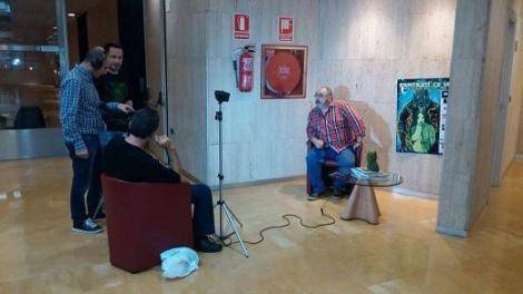 Un momento del rodaje de la entrevista con Miguel Ángel Plana.