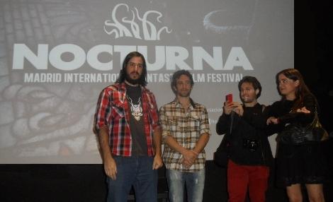 """El equipo de """"Presagio"""", con su director Matías Salinas y su protagonista Javier Solís al frente, durante la presentación del film antes de su pase en """"Pre-Nocturna""""."""