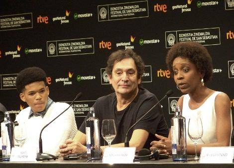 """Rueda de prensa de """"El Rey de la Habana"""" con Agustí Villaronga y los actores Maykol David Tortolo y Yordanka Ariosafin."""