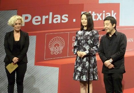 """Presentación de """"Mountains May Depart"""", con la actriz Zhao Taio y el direcor  Jia Zhang-ke."""