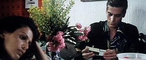 """Bernard junto a Sara Mora en """"Al sur del Eden""""."""