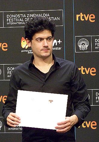 P 17 Premio ZabaltegiTabakalera a Clement Cogitor por Braguino