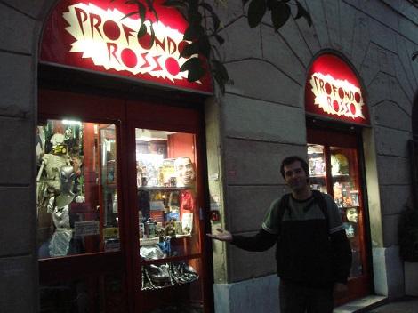 Felipe M. Guerra en la tienda Profondo Rosso, en Italia, en 2009