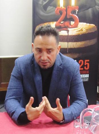 J Antonio Bayona 12