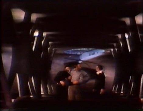 Más allá del fin del mundo (Espectro)-3