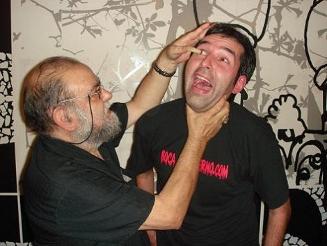 Divertida foto de José Mojica Marins y Felipe M. Guerra