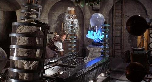 The Evil of Frankenstein-3