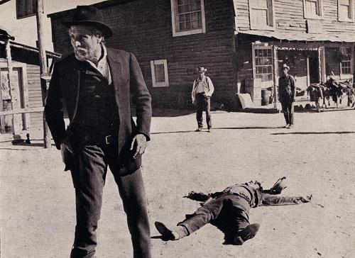 Dos hombres van a morir-6